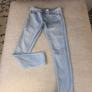 Denim - light wash jeans
